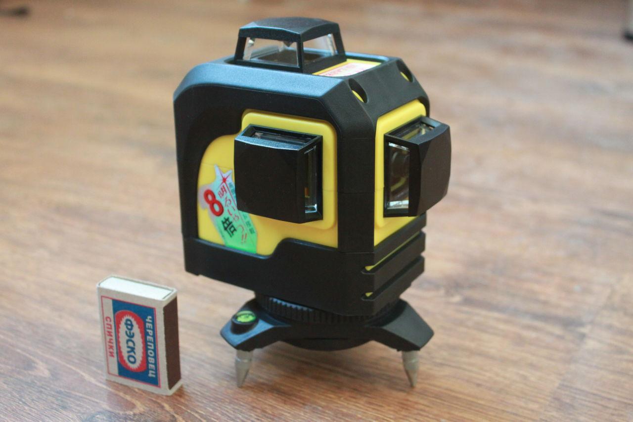 Lazernyj uroven' Firecore 3D Laser