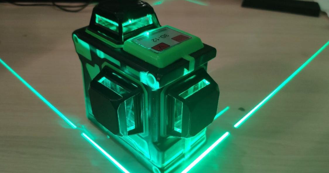 3D Lazernyj uroven'(nivelir)